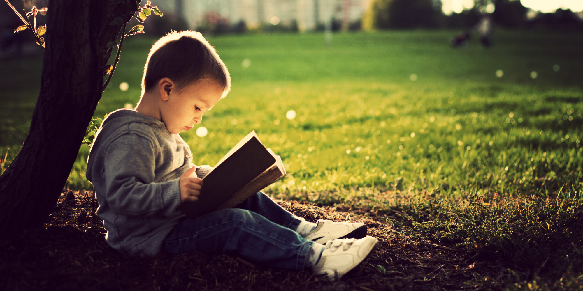 Cum îți motivezi copilul să citească